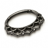 Folded Fan Black Steel Hinged Segment Ring